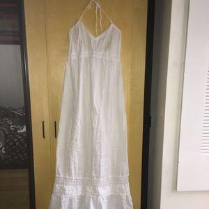 Dresses - Halter neck summer dress